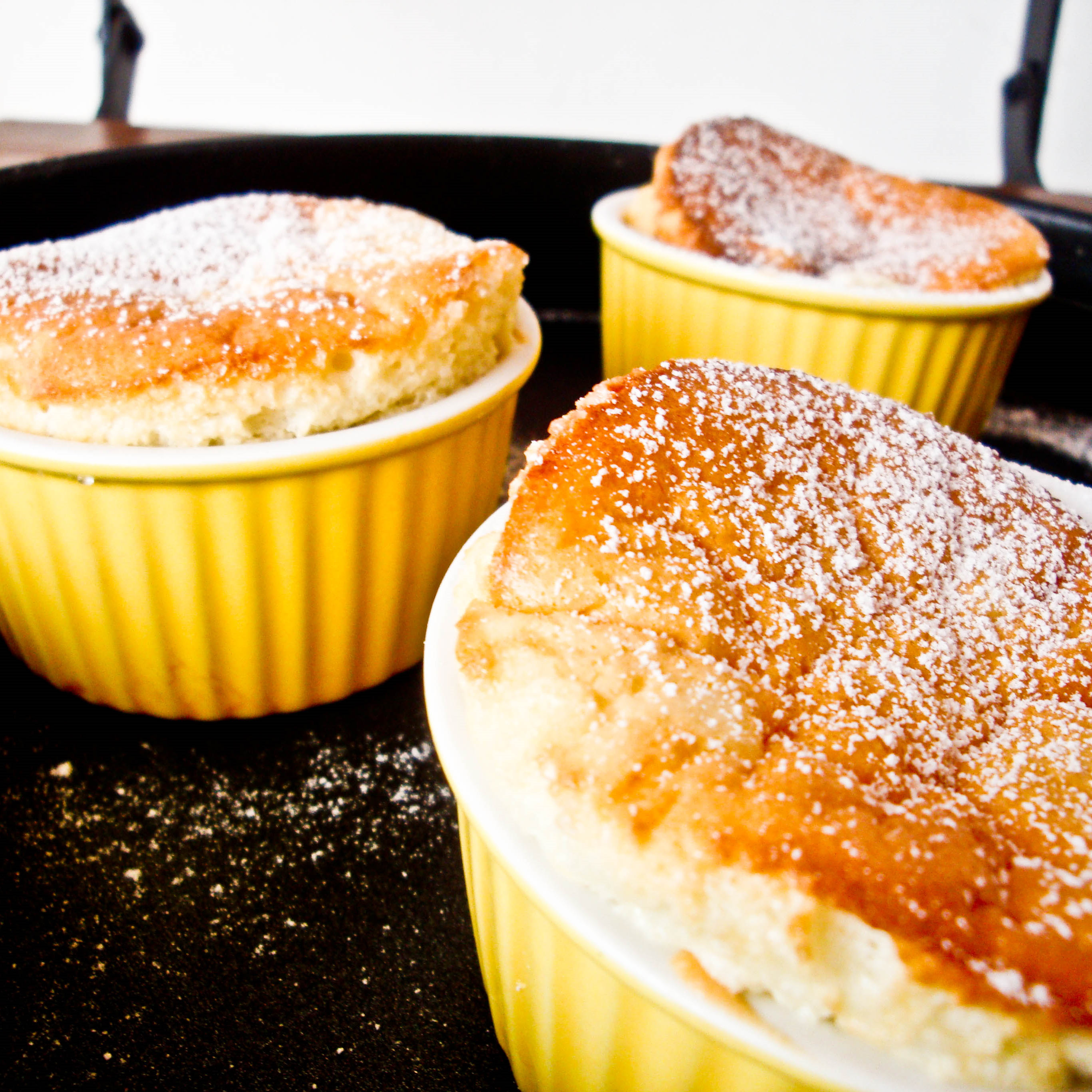 LAVENDER & LEMON SOUFFLE - The Novice Housewife